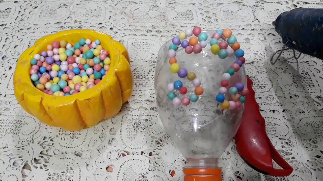 أعمال فنيةإعادة تدوير القارورات البلاستيك في شكل فازة وعمل ورد جميل من الفومdiy Decoration