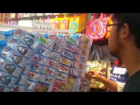 bugis street belanja souvenir
