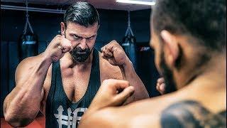 Fitness Youtuber kackt beim K1 Training ab! Vito beißt sich durch! Become K1 Fighter #2