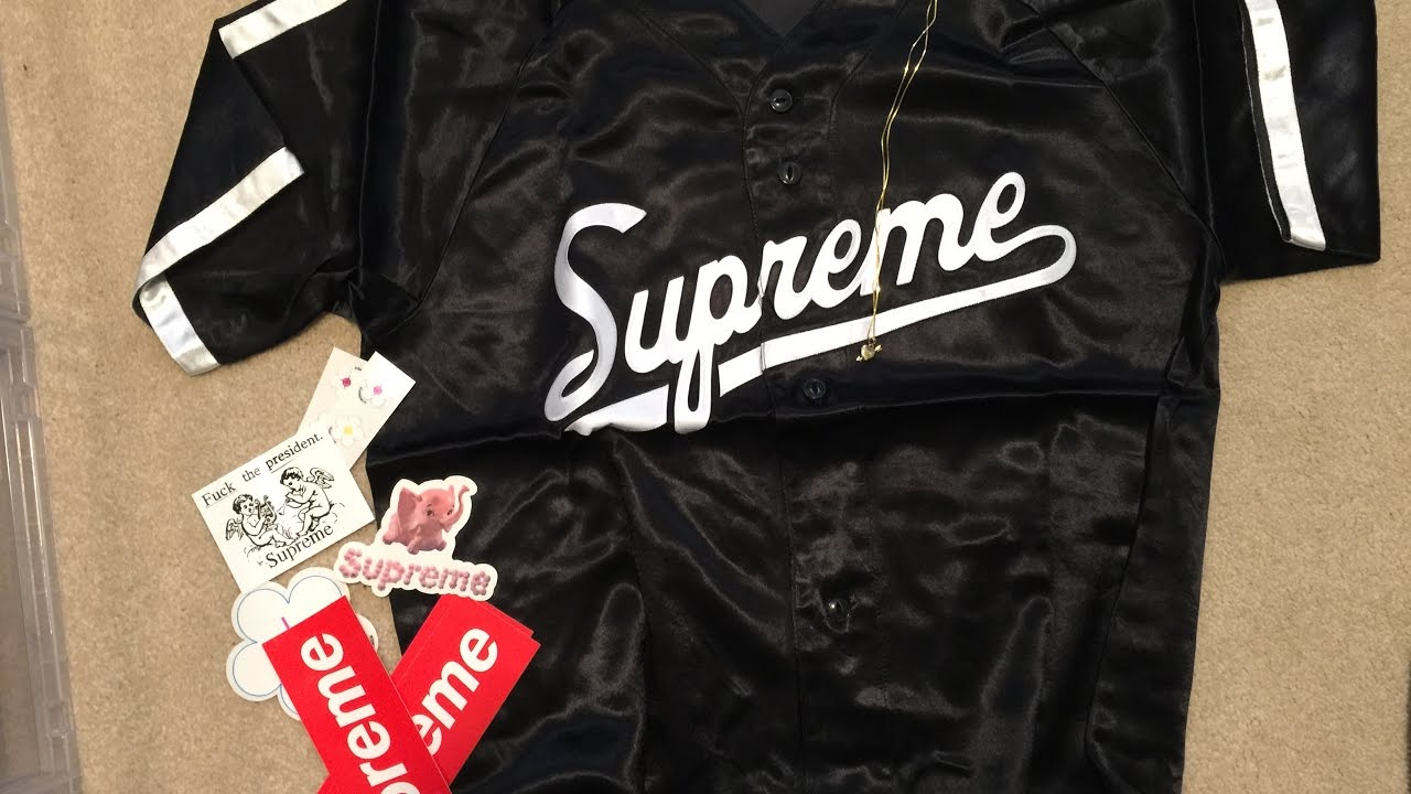 4be0268de299 Supreme SS17 Pickup Unboxing Week 1  Gold Heart and Arrow Pendant + Satin  Baseball Jersey