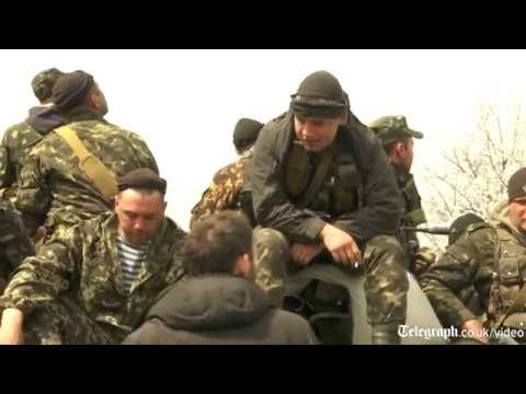 Ukraine stand-off: protesters block tanks in Donetsk region