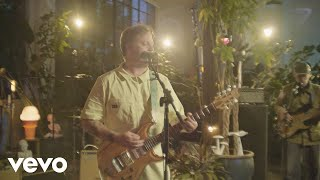 Modest Mouse - We Are Between (The Tonight Show Starring Jimmy Fallon)