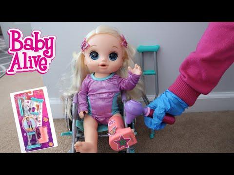 BABY ALIVE Emma Breaks Her Leg Cast play set baby alive videos