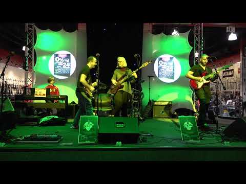 Philly Guitar Club Jam Session - 11.10.18 - Sam Ash Music Store Stage - King Of Prussia, PA - 2