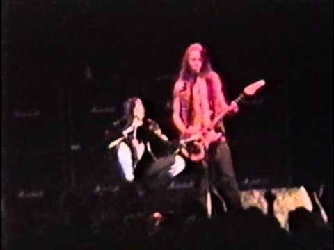 Alice In Chains live in San Jose April 11th 1993
