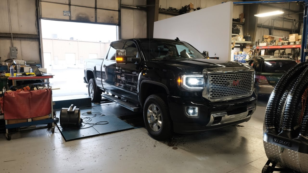 2016 Duramax Specs >> 2016 Vs 2017 Duramax Diesel Dyno Runs Lets Find Out The Real