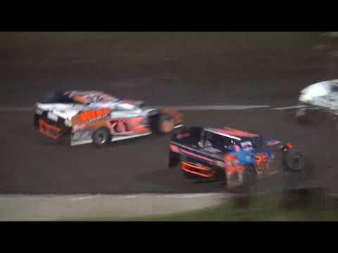 IMCA Modified feature Benton County Speedway 5/20/18