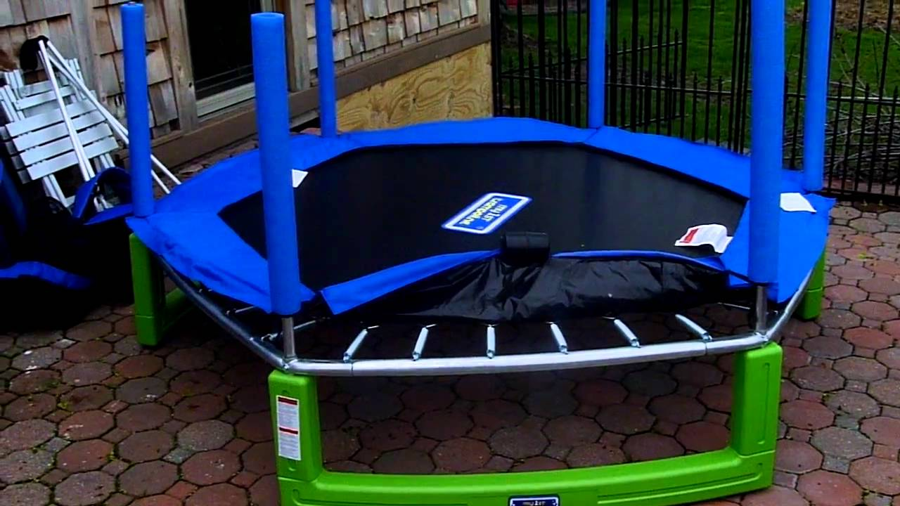 Assembling Lexie Trampolinep1020140 Mov Youtube