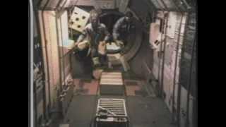 ガガーリンの宇宙飛行から米ソ有人宇宙競争、そしてアポロ計画に至るま...
