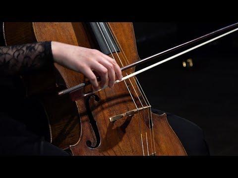Bach - Cello Suite No. 2 in D Minor BWV 1008, Courante; Eva Lymenstull 4K UHD