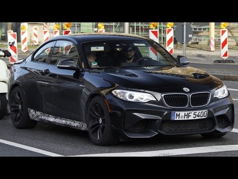 2016 bmw m2 looks so gorgeous in sapphire black youtube. Black Bedroom Furniture Sets. Home Design Ideas