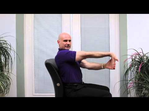 Palmdale Chiropractor: Stretching at your Desk