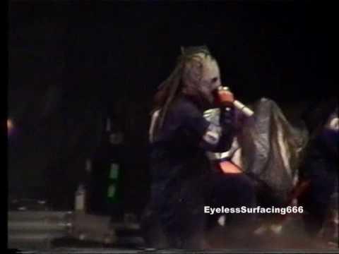 Slipknot live At Reading Festival 02 (Crowd Shot) 06 - Eyeless.wmv