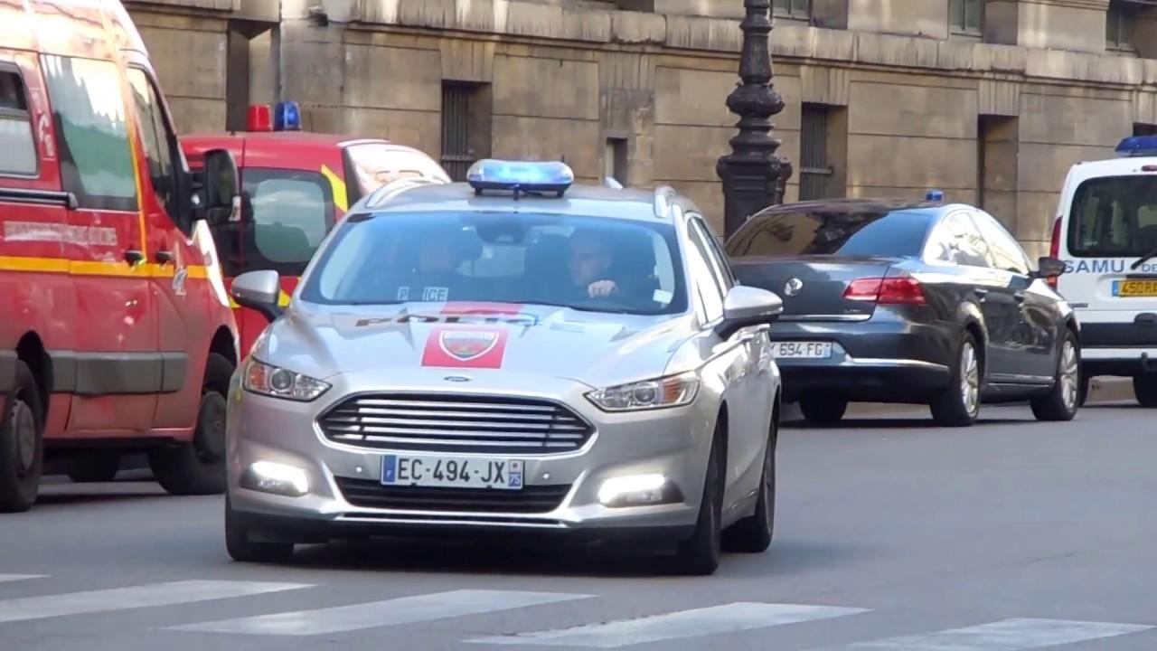 Bac 75N de la police en Ford mondéo - YouTube