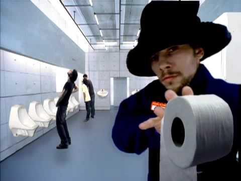 Virtual insanity bathroom versi