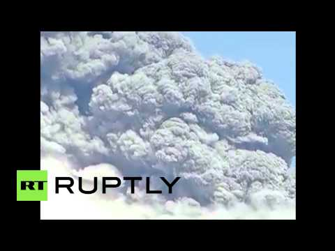 Chile: Calbuco volcano erupts for a third time