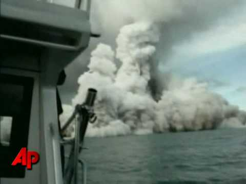 Raw Video: Undersea Volcano Erupts