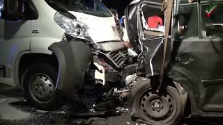 NRWspot.de | A1 Sieben Verletzte bei schwerem Verkehrsunfall zw. Westhofener Kreuz und Schwerte