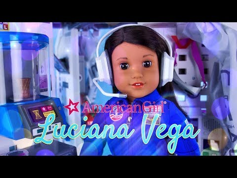 Unbox Daily: American Girl - 2018 Girl of the Year | Luciana Vega | Mars Habitat Play Set
