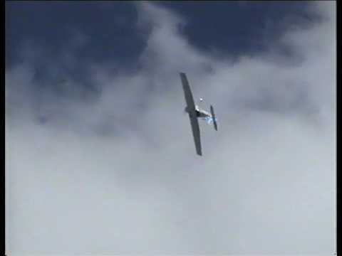 Phill Hooker Bay Flight Cessna 152 Aerobat display at Tauranga Airshow 2004