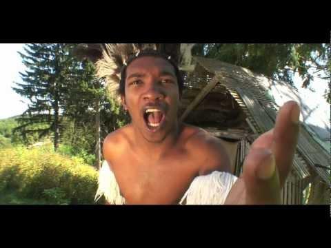 Sukkulele Mozambique - Helio De Vanimal & Groovekompott (Music Video)