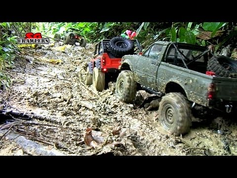 Mudding! 18 RC Trucks scale adventures Axial SCX10 Wraith Defender 90 RC4wd Trail finder 2