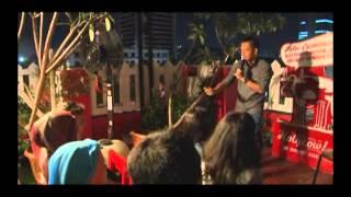 Ernest Prakasa Stand Up Comedy Di Holycow Steak Sabang