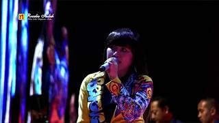 Download lagu Via Vallen - Salah Apa Aku (Live De' Tjolomadoe Solo)
