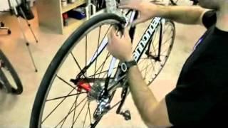 Assemblaggio Bici Da Corsa Regolazioni Cambio E Fr