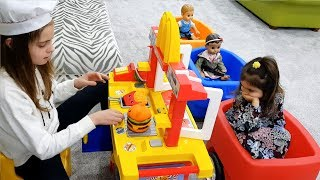 Serving Cooking Pretend foods and toy kitchen! Wagon Babies Ride