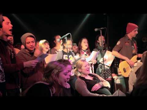 Scheiß drauf Ukulelen- und Gesangsorchester - With a little help from my friends