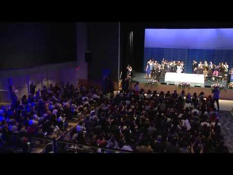 2019 Columbia Journalism School Graduation Ceremony: Maria R