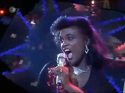 Evelyn Thomas - High Energy (LIVE) (1984) (HQ)