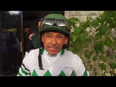 Hall of Famer, Mike Smith talks Songbird and Effinex in the 2015 Breeders' Cup