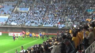 4月23日J再開から半年、川崎フロンターレ戦。試合終了後、互いのチャン...