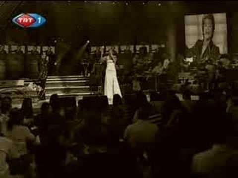 Funda Arar - Beklenen şarkı