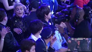 180520 BTS (방탄소년단) V Reaction to Kelly Clarkson's Opening Performance @BBMAs Fancam