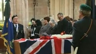 Hundreds attend soldier's funeral after online appeal