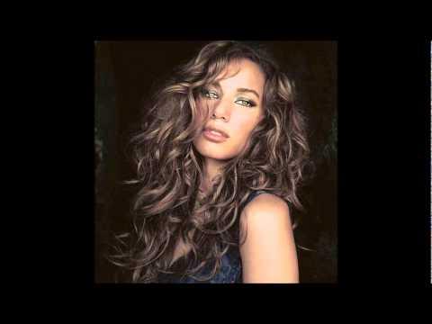 Karaoke Even Lower Tone (Bleeding Love - Leona Lewis)
