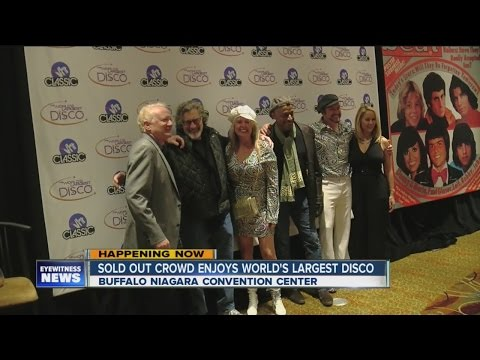 Sold out crowd enjoys World's Largest Disco