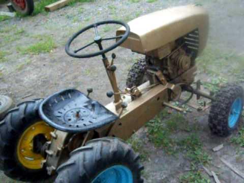 1959 David Bradley Suburban Tractor