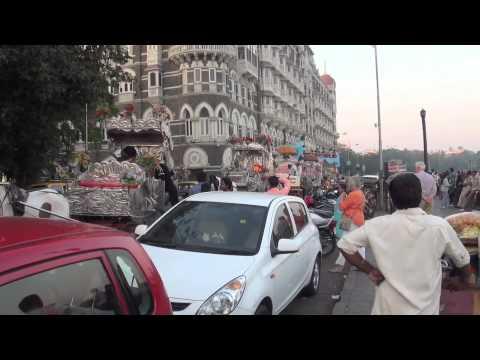 MUMBAI - A WALK  NEAR THE HARBOUR
