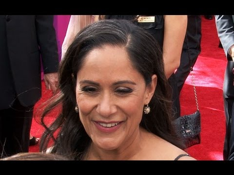 Sakina Jaffrey of Netflix's EmmyNominated Series House of Cards on the Crazy, Thrilling Season 2