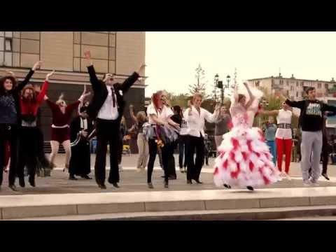 Flash Mob - Zombi ОГДТ им. А.С. Пушкина Official Video