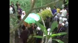 Lagu untuk Ayah (cover leonis band) (official music video ) Mp3