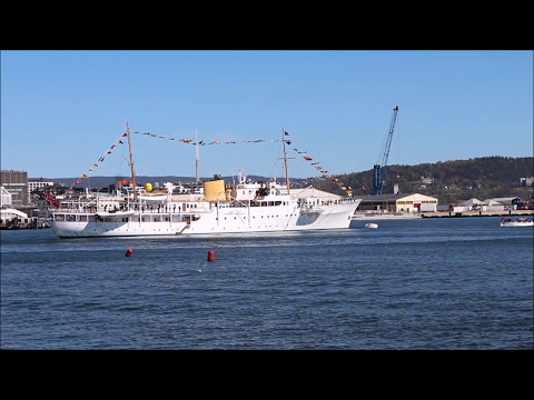 King Harald starts the season for The Norwegian Royal Yacht