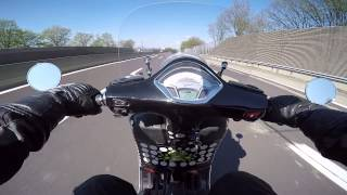 2015-04-19 Vespa GTS 300 ie - Flyscreen Test in Graz 2/5