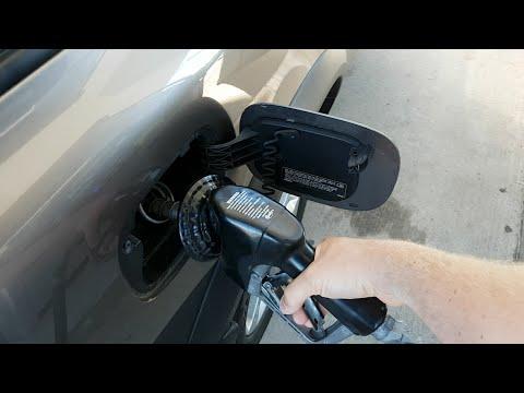 Расход топлива на Volvo XC70 T6, 3 литра бензин, летом по городу.(Russian)