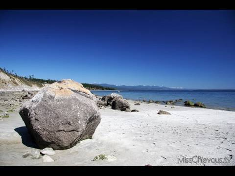 Beautiful Vancouver Island: Beaches, Forests, Roadtrip