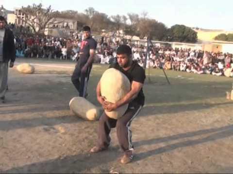 Pehlwan Raffi Farman - Ghatti Lifting & Stonelifting Dadyal 2015